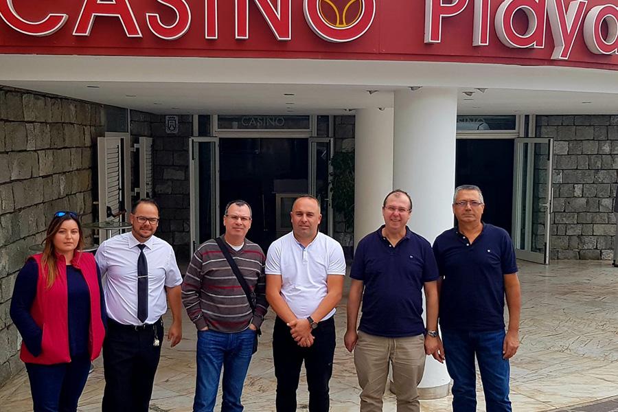 Hay margen para la negociación del convenio del Casino Playa de las Américas dentro de un marco de diálogo