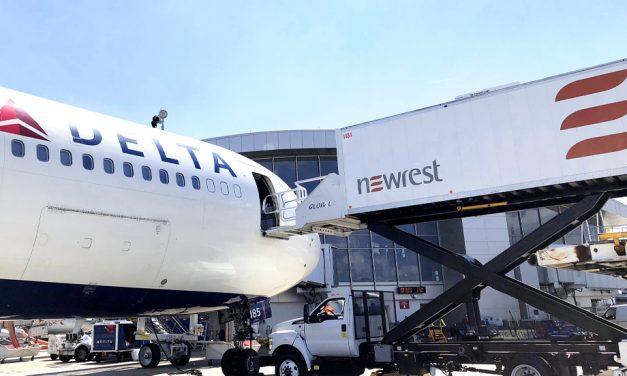 Newrest pretende iniciar un ERE que afectará a 481 trabajadores y trabajadoras