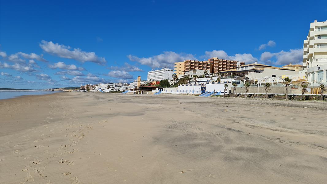 La actividad hotelera andaluza contó con 1.000 establecimientos y 17.300 ocupados menos que hace un año