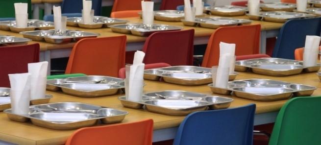 Empresas de Comedores Escolares recortan salarios con la ...