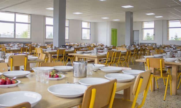 El Grupo de Empresas de Perea Rojas, Col. Servicol y Catering Villablanca abandona el servicio de comedores  al inicio de curso