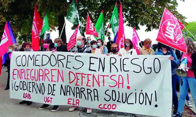 Trabajadoras de comedores escolares exigen al Gobierno foral que retire la jornada continua no negociada y considere este servicio como parte de la educación