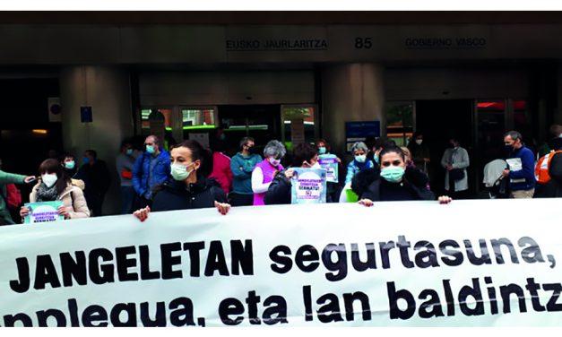 Segunda jornada de huelga de las plantillas de comedores escolares